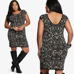 TORRID 💕Bodycon Dress Fitted in Baroque Floral 2X